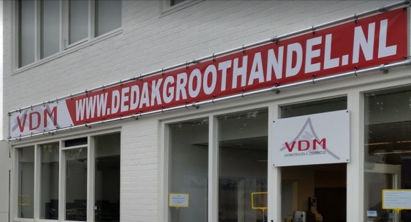Ontstaan uit een dakdekkers-bedrijf in het zuiden van Nederland